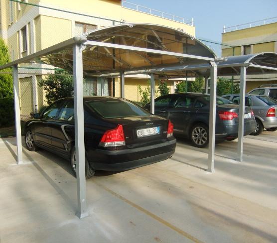 Tettoia per parcheggio auto
